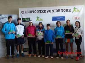 Nike Junior Tour - La Raqueta